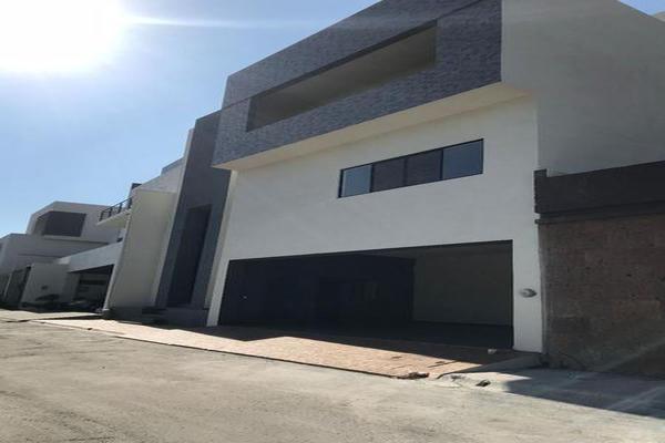 Foto de casa en venta en  , palmares residencial, monterrey, nuevo león, 7954993 No. 01