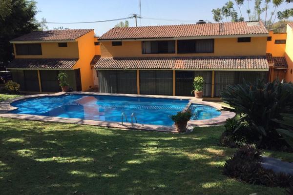 Foto de casa en venta en  , palmira tinguindin, cuernavaca, morelos, 0 No. 02