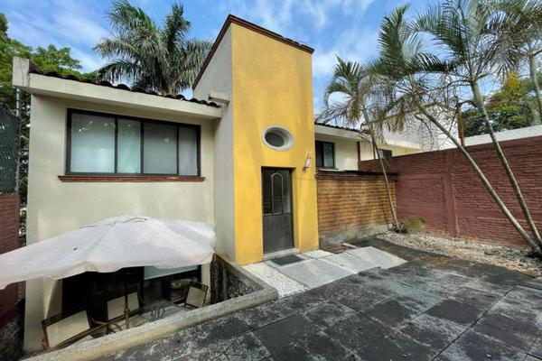 Foto de casa en venta en  , palmira tinguindin, cuernavaca, morelos, 20430964 No. 02