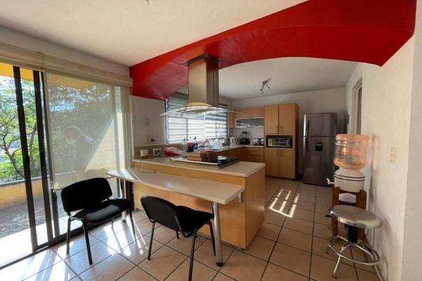 Foto de casa en venta en  , palmira tinguindin, cuernavaca, morelos, 20430964 No. 06