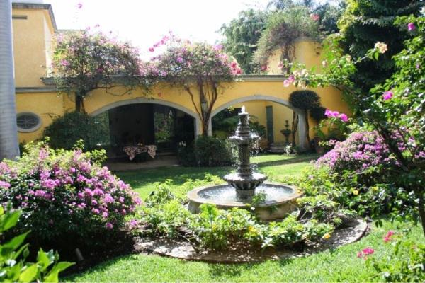 Foto de casa en venta en  , palmira tinguindin, cuernavaca, morelos, 3485918 No. 02