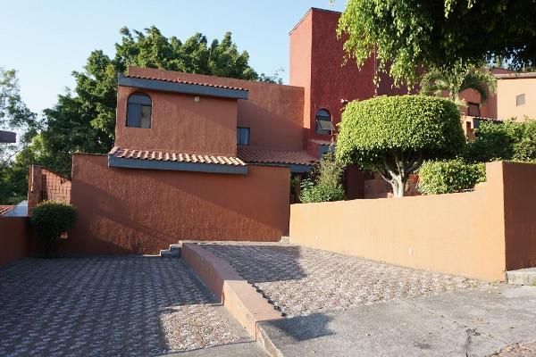 Foto de casa en venta en  , palmira tinguindin, cuernavaca, morelos, 4643276 No. 02