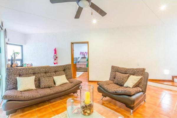 Foto de casa en venta en  , palmira tinguindin, cuernavaca, morelos, 8852562 No. 03