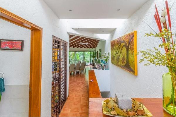 Foto de casa en venta en  , palmira tinguindin, cuernavaca, morelos, 8852562 No. 05