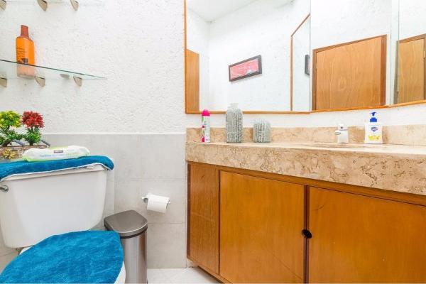 Foto de casa en venta en  , palmira tinguindin, cuernavaca, morelos, 8852562 No. 13