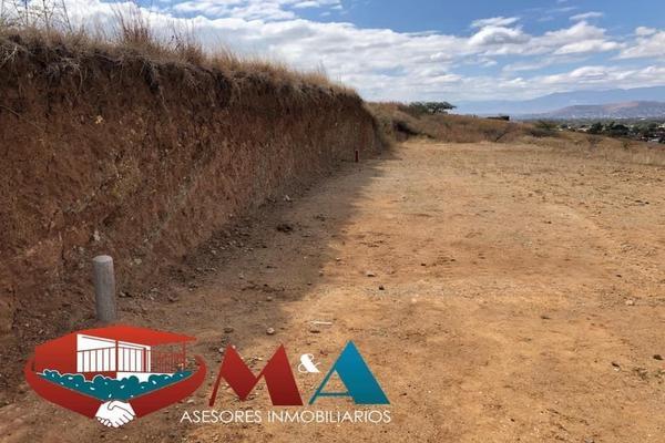 Foto de terreno habitacional en venta en  , paraje de las salinas, san andrés huayápam, oaxaca, 17702747 No. 02