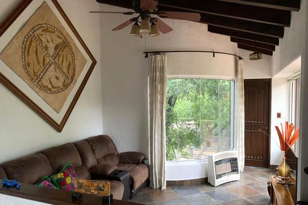 Foto de casa en venta en paseo de arriba , los molinos, saltillo, coahuila de zaragoza, 7213359 No. 02
