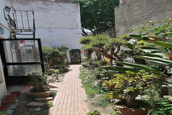 Foto de casa en venta en  , paseo de la presa, guanajuato, guanajuato, 21367029 No. 01