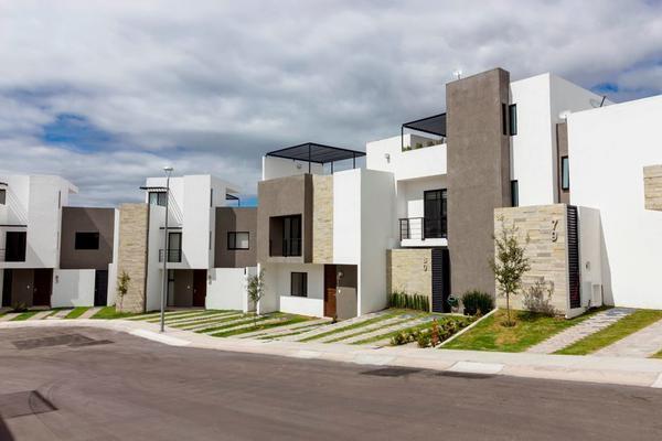 Foto de casa en venta en paseo de las pitahayas , desarrollo habitacional zibata, el marqués, querétaro, 14021584 No. 01