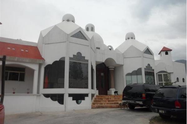 Foto de casa en venta en paseo de los mirlos 3900, lomas de lourdes, saltillo, coahuila de zaragoza, 2711528 No. 01