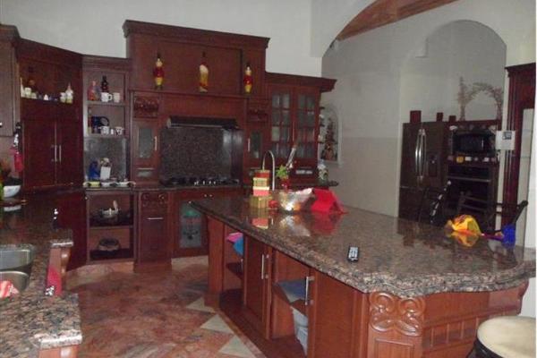 Foto de casa en venta en paseo de los mirlos 3900, lomas de lourdes, saltillo, coahuila de zaragoza, 2711528 No. 06
