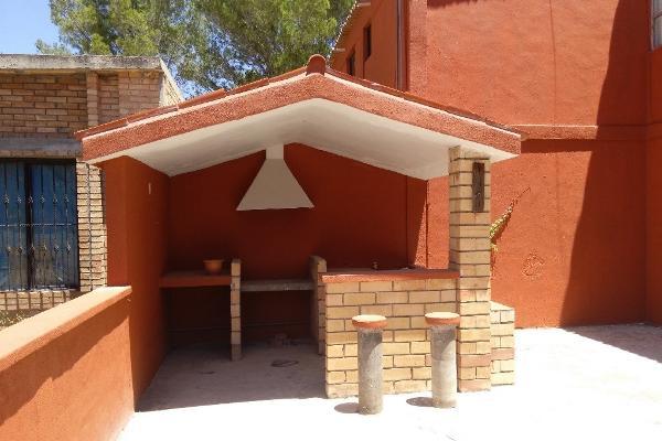 Foto de casa en venta en paseo de los mirlos , lomas de lourdes, saltillo, coahuila de zaragoza, 14036328 No. 02