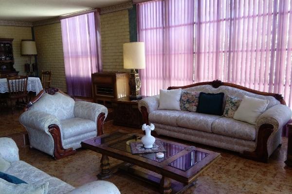 Foto de casa en venta en paseo de los mirlos , lomas de lourdes, saltillo, coahuila de zaragoza, 14036328 No. 04