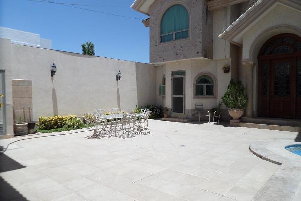 Foto de casa en venta en paseo de los nogales , residencial las isabeles, torreón, coahuila de zaragoza, 3529456 No. 02
