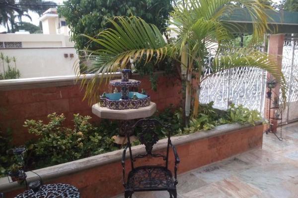 Foto de casa en venta en  , paseo de montejo, mérida, yucatán, 7975168 No. 02