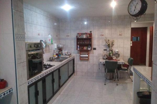 Foto de casa en venta en  , paseo de montejo, mérida, yucatán, 7975168 No. 03
