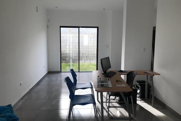 Foto de casa en venta en paseo virreyes , rinconada colonial 1 camp., apodaca, nuevo león, 14038266 No. 02