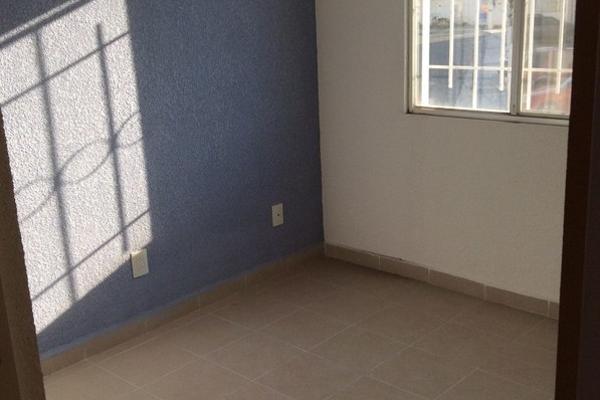 Foto de casa en venta en  , paseos de san miguel, querétaro, querétaro, 2729390 No. 02
