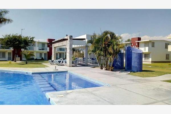 Foto de casa en venta en  , paseos de xochitepec, xochitepec, morelos, 5347206 No. 01