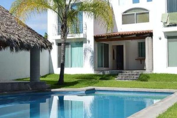 Foto de casa en venta en  , paseos de xochitepec, xochitepec, morelos, 8003572 No. 01