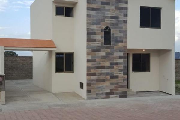 Foto de casa en venta en  , paso de cortes ii, apizaco, tlaxcala, 0 No. 01