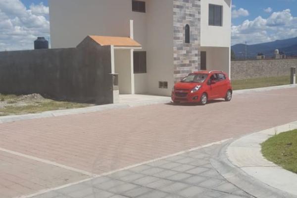 Foto de casa en venta en  , paso de cortes ii, apizaco, tlaxcala, 0 No. 02