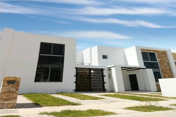 Foto de casa en venta en  , paso de pirules, guanajuato, guanajuato, 10985448 No. 01