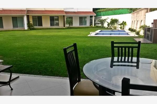 Foto de casa en venta en  , pedregal de las fuentes, jiutepec, morelos, 2690643 No. 01