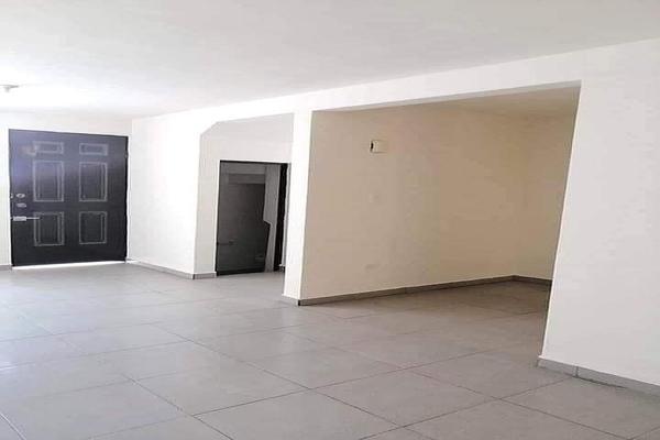 Foto de casa en venta en  , pedregal de linda vista ii, guadalupe, nuevo león, 20117436 No. 02