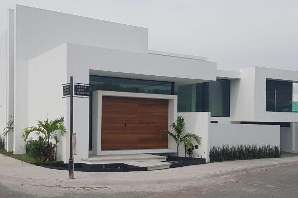 Foto de casa en venta en  , pedregal de vista hermosa, querétaro, querétaro, 14022848 No. 01