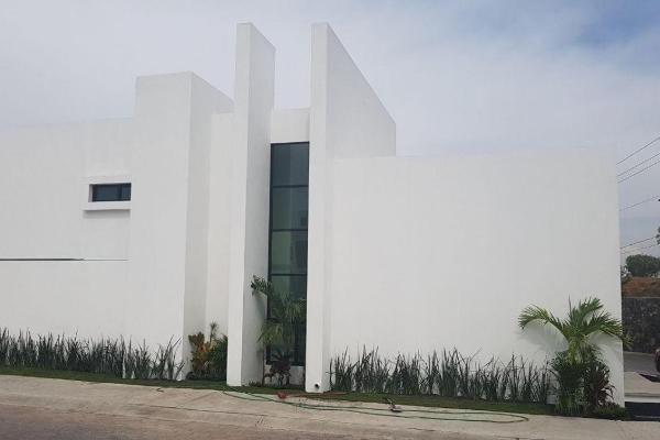 Foto de casa en venta en  , pedregal de vista hermosa, querétaro, querétaro, 14022848 No. 02