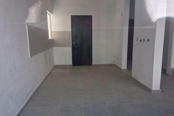 Foto de casa en venta en  , pedregal lindavista, mérida, yucatán, 7958098 No. 02