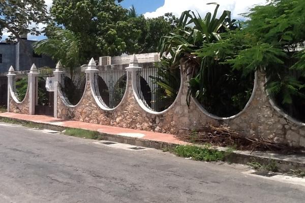 Foto de casa en venta en  , pedregales de tanlum, mérida, yucatán, 2744572 No. 02
