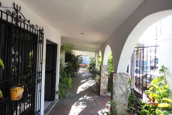 Foto de casa en venta en  , pedregales de tanlum, mérida, yucatán, 2744572 No. 03