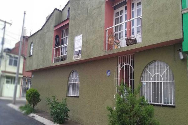 Foto de casa en venta en pedro aranda 536 , agustín arriaga rivera, morelia, michoacán de ocampo, 0 No. 02