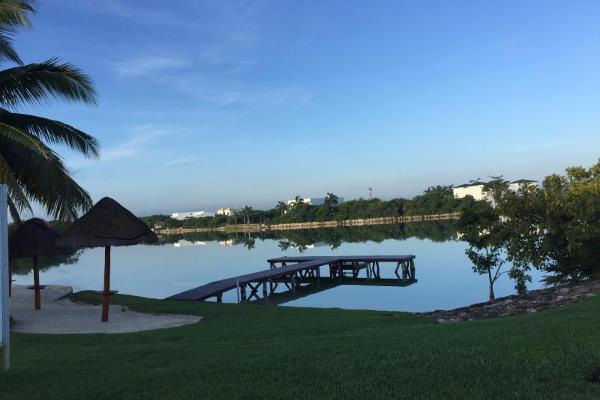 Foto de terreno habitacional en venta en pelícanos , lagos del sol, benito juárez, quintana roo, 4329917 No. 01