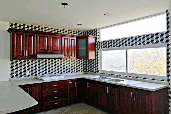 Foto de casa en venta en  , peñitas, guanajuato, guanajuato, 16820417 No. 02