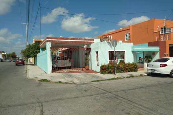 Foto de casa en venta en  , pensiones, mérida, yucatán, 8169288 No. 01