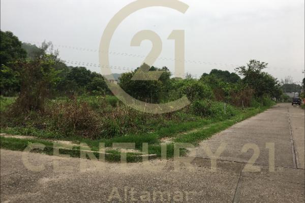 Foto de terreno habitacional en venta en  , plan de ayala, tihuatlán, veracruz de ignacio de la llave, 8897660 No. 01