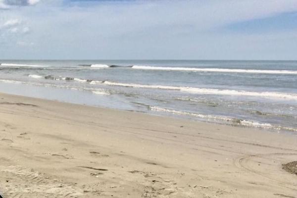 Foto de terreno comercial en venta en  , playa azul, centla, tabasco, 7160305 No. 01