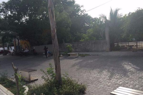 Foto de terreno comercial en venta en  , playa del carmen centro, solidaridad, quintana roo, 4633955 No. 02