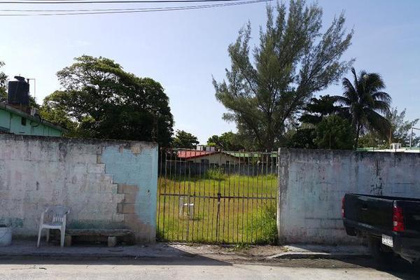 Foto de terreno habitacional en venta en  , playa del carmen, solidaridad, quintana roo, 8411024 No. 01