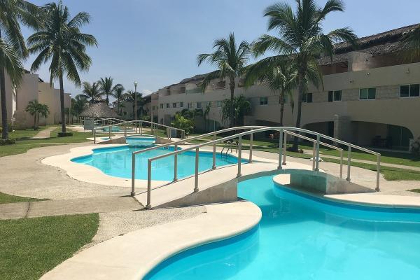 Foto de departamento en venta en  , playa diamante, acapulco de juárez, guerrero, 2728001 No. 01