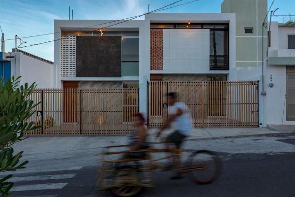 Foto de casa en venta en  , playa linda, veracruz, veracruz de ignacio de la llave, 8003095 No. 01