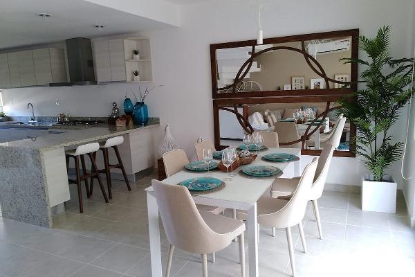 Foto de casa en venta en  , playa sol, solidaridad, quintana roo, 5664724 No. 01