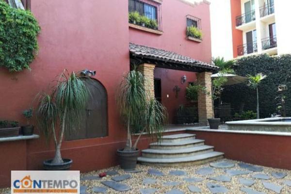 Foto de casa en venta en  , poblado acapatzingo, cuernavaca, morelos, 8003992 No. 01
