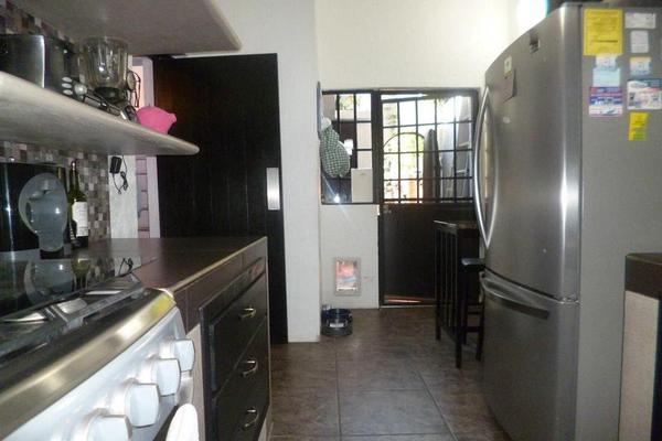 Foto de casa en venta en  , poblado acapatzingo, cuernavaca, morelos, 8003992 No. 17