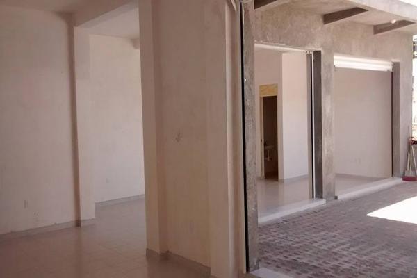 Foto de local en venta en portal de samaniego , jardines de villas de santiago, querétaro, querétaro, 13384787 No. 02