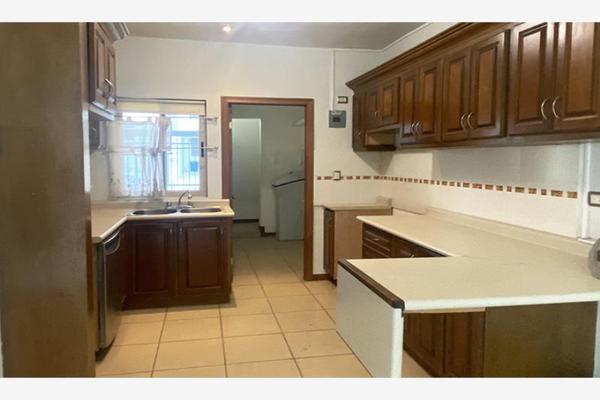 Foto de casa en venta en portal de san antonio 862, los portales, ramos arizpe, coahuila de zaragoza, 0 No. 02