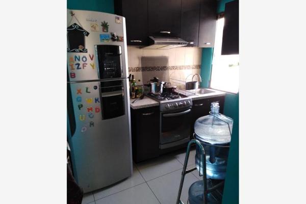Foto de departamento en venta en  , potrero verde, cuernavaca, morelos, 12275539 No. 02
